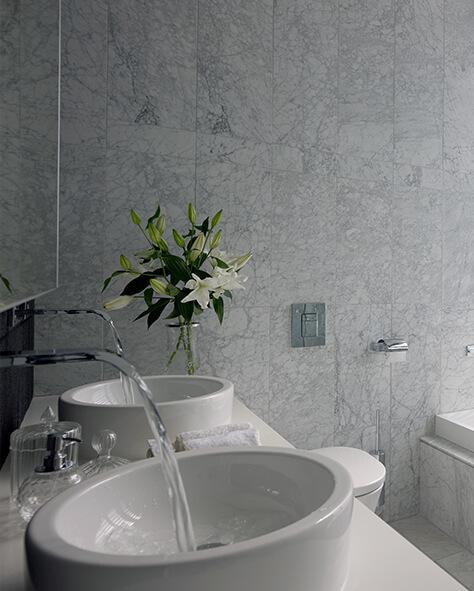 浴室:MAMOLI,FUENTE壁挂式水龙头